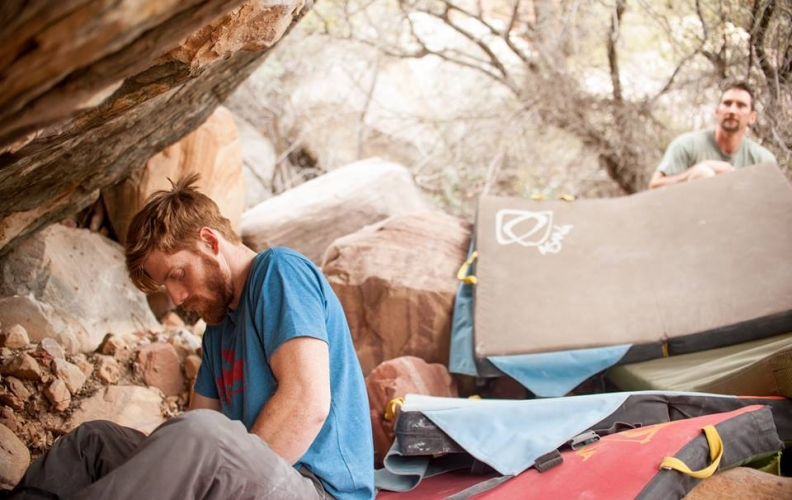 Nicholas Foster Answers FAQ's About Bouldering